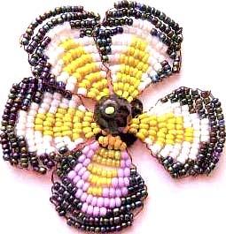 Цветок из бисера «Анютины глазки»